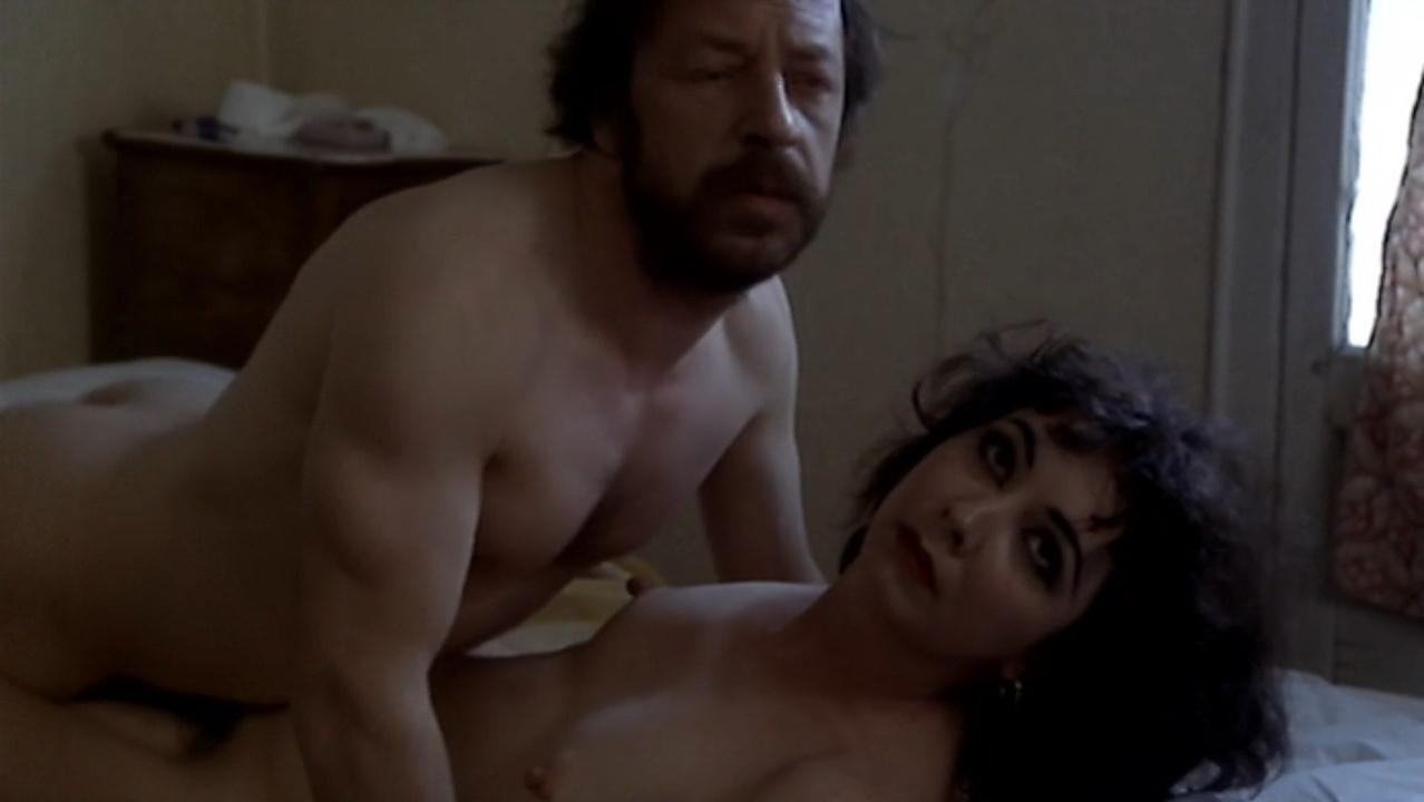 Marie Pillet nude - La Derobade (1979)
