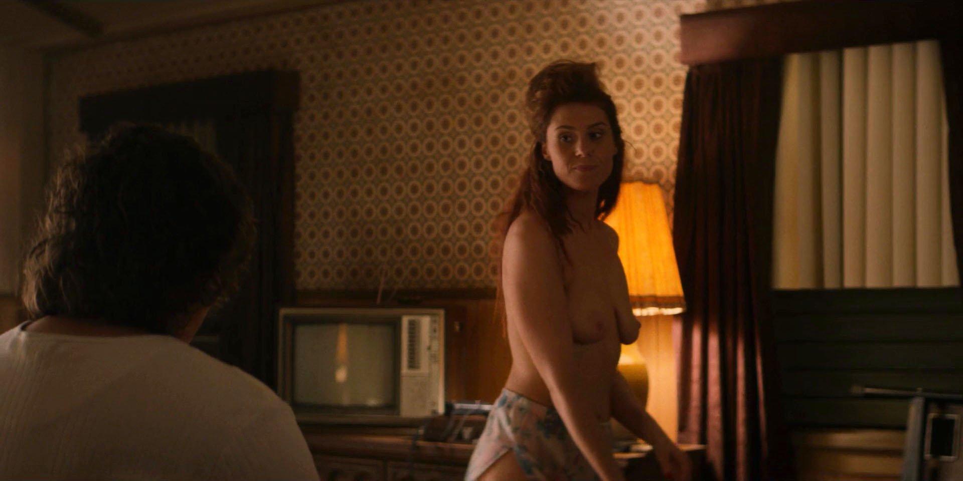 Kate Nash nude - GLOW s01e04 (2017)