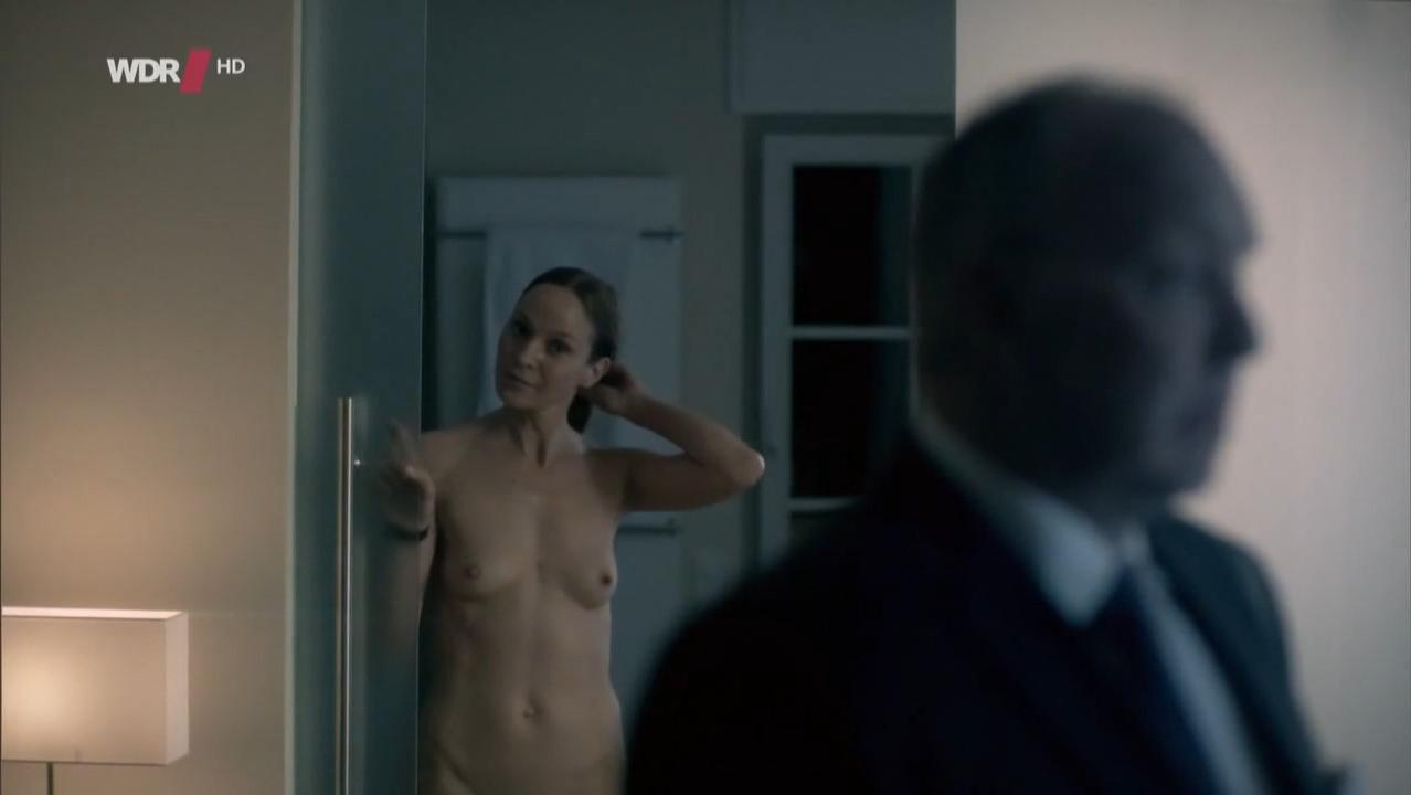 Jeanette Hain nude - Tatort e857 (2012)