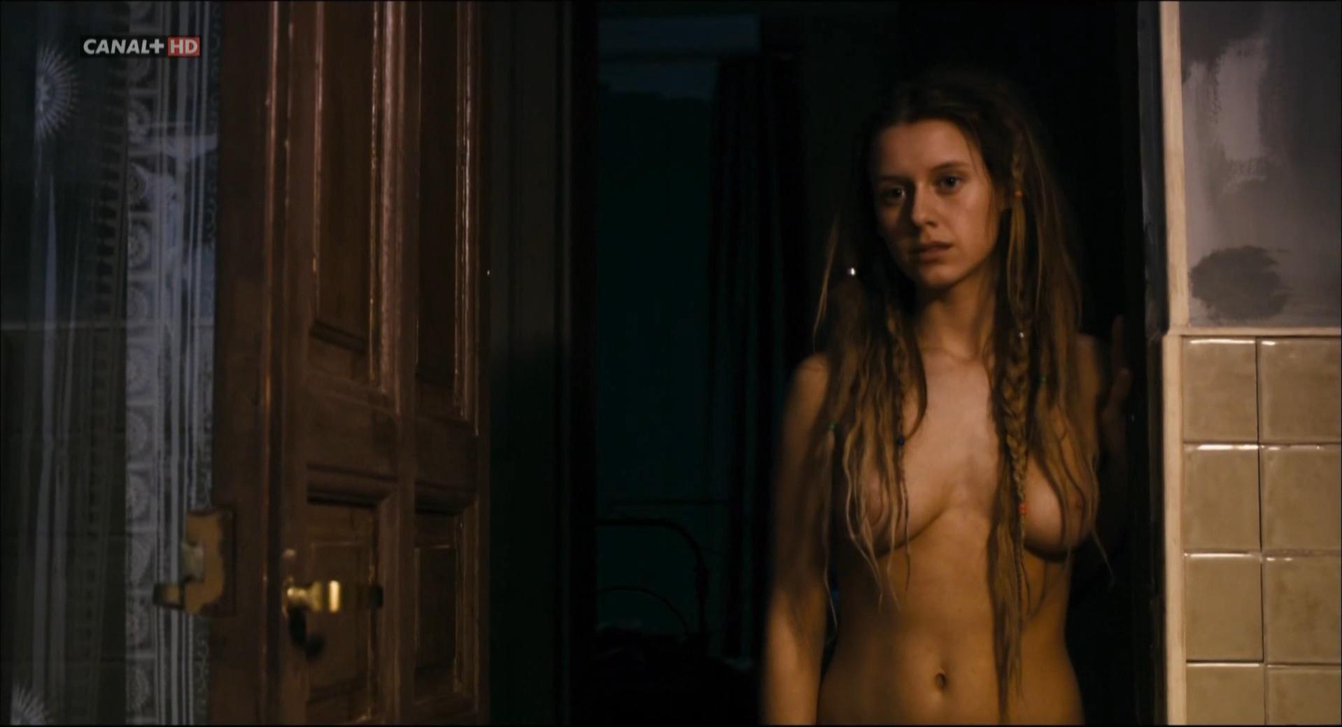 Manuela Velles nude - Chaotic Ana (2007)
