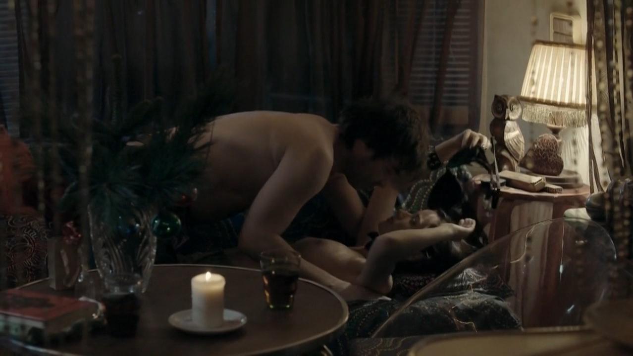 Marika Soposka nude - Cirkus Bukowsky s02e01 (2014)