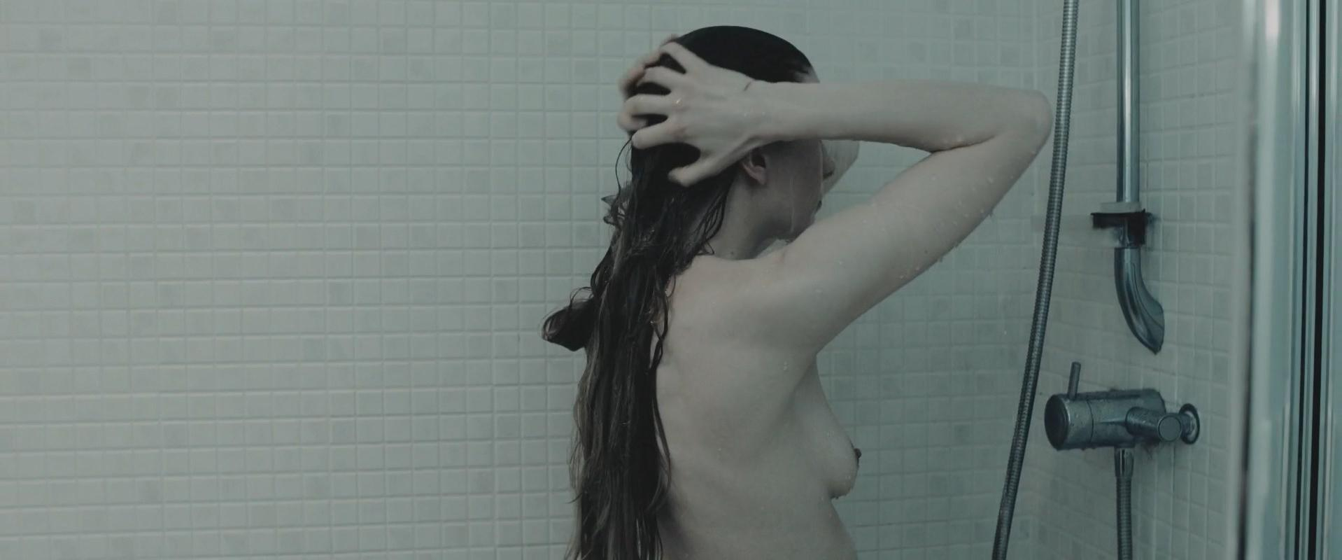 Anna Dawson nude - The Creature Below (2016)