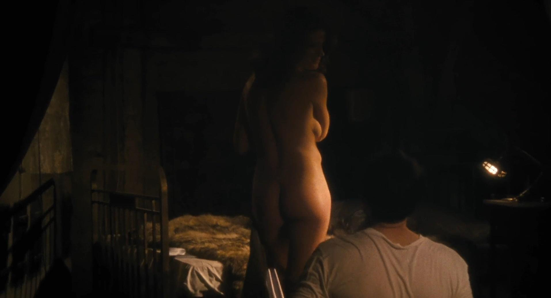 Marie Baumer nude, Dolores Chaplin sexy - The Counterfeiters (2007)