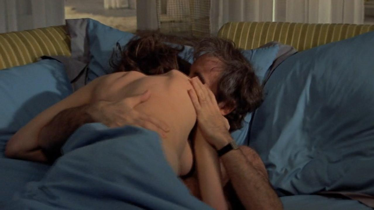 Nicola Pagett sexy, Gabrielle Drake nude - There's a Girl in My Soup (1970)