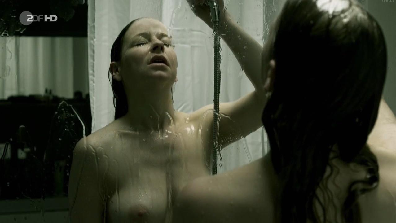 Theresa Scholze nude - SOKO Koln s11e02 (2014)