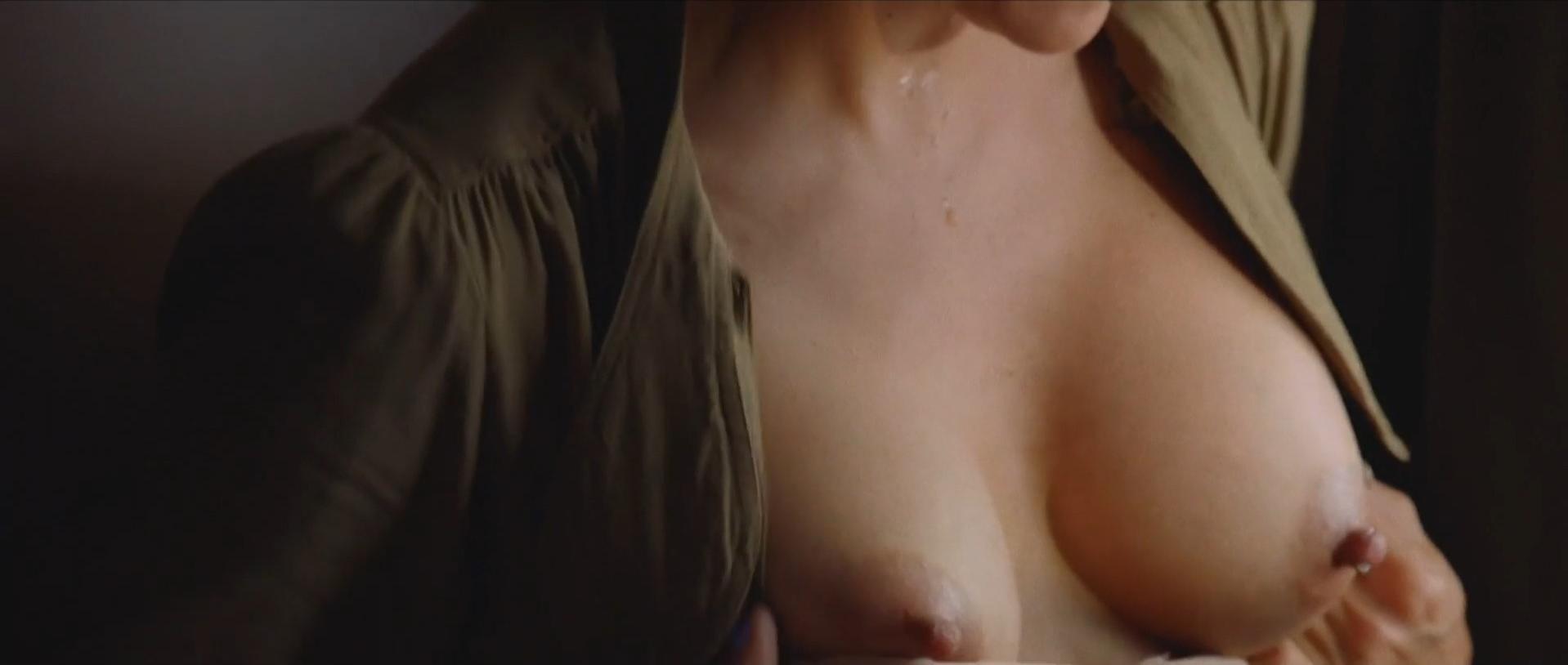 de nude Emma caunes