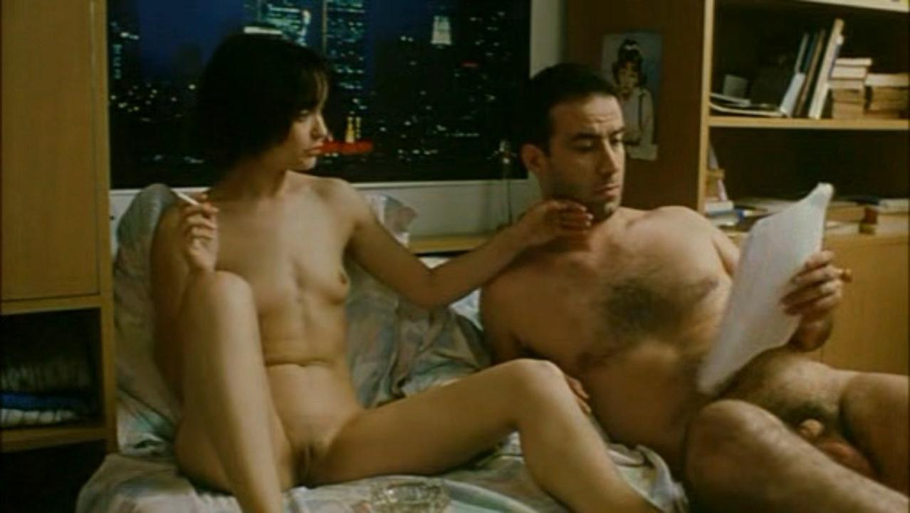 Dorina Chiriac nude - Niki and Flo (2003)