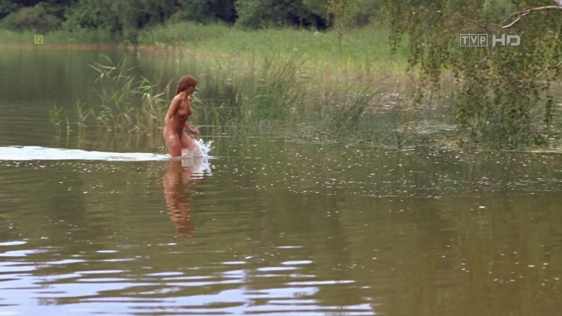 izabella scorupco naked sex scene