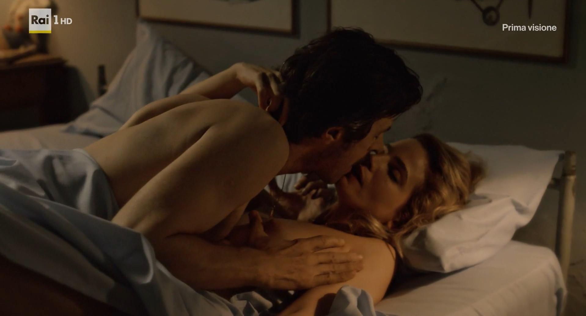 Alexandra daddario full frontal sex scene in true detective - 3 5