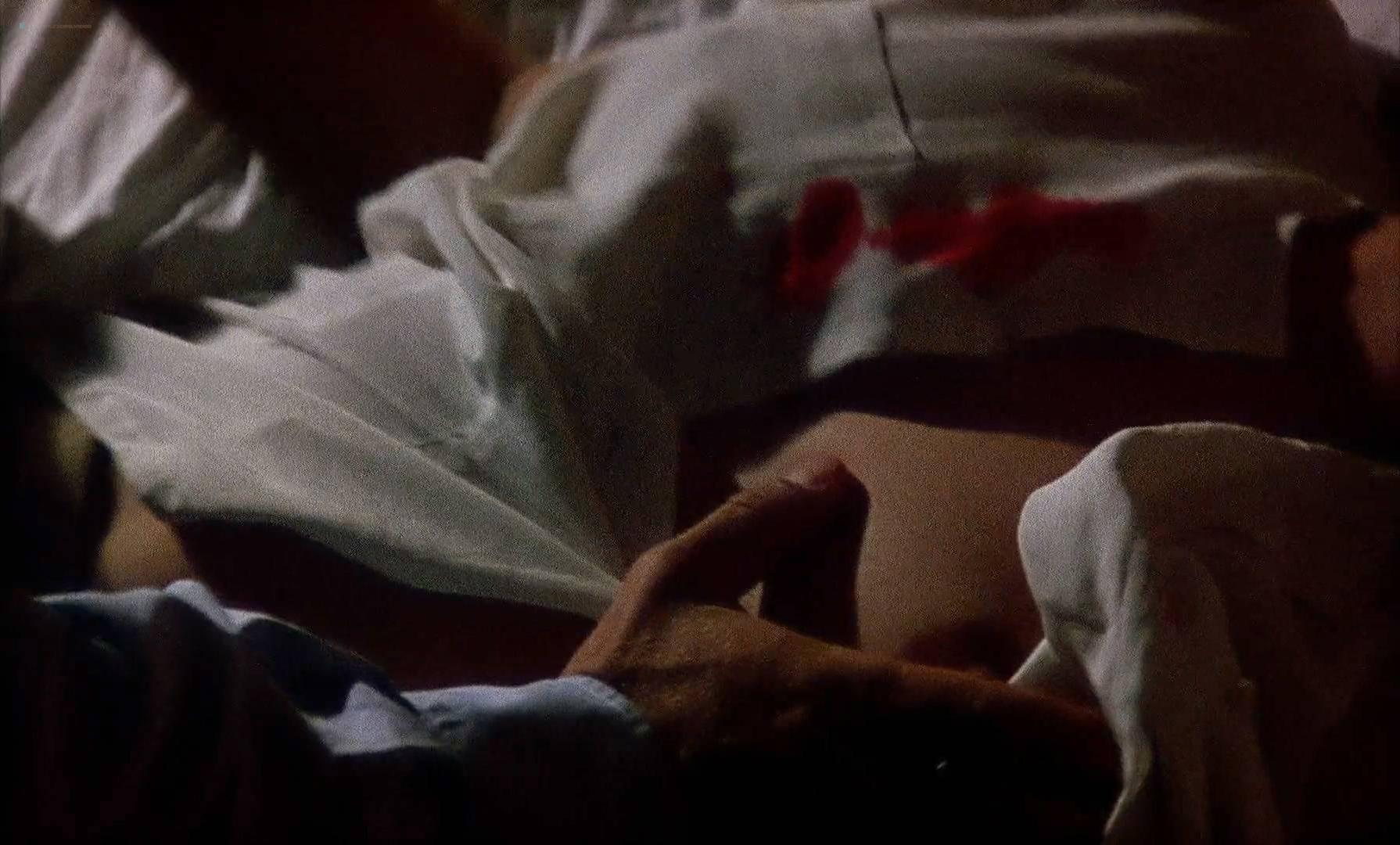 Asia Argento nude - The Stendhal Syndrome (1996)