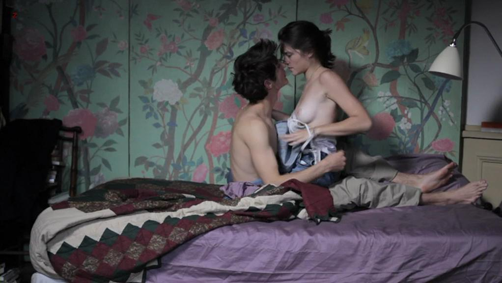 Audrey Bastien nude - J'aime regarder les filles (2011)
