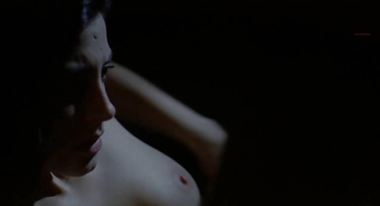 Bárbara Lennie nude - Dictado (2012)