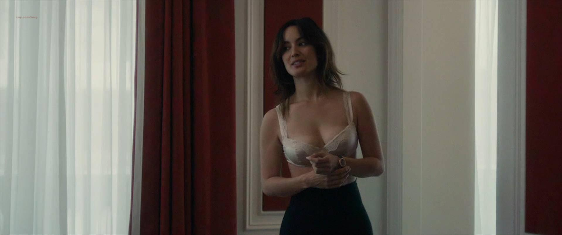 Berenice Marlohe sexy - 5 to 7 (2014)