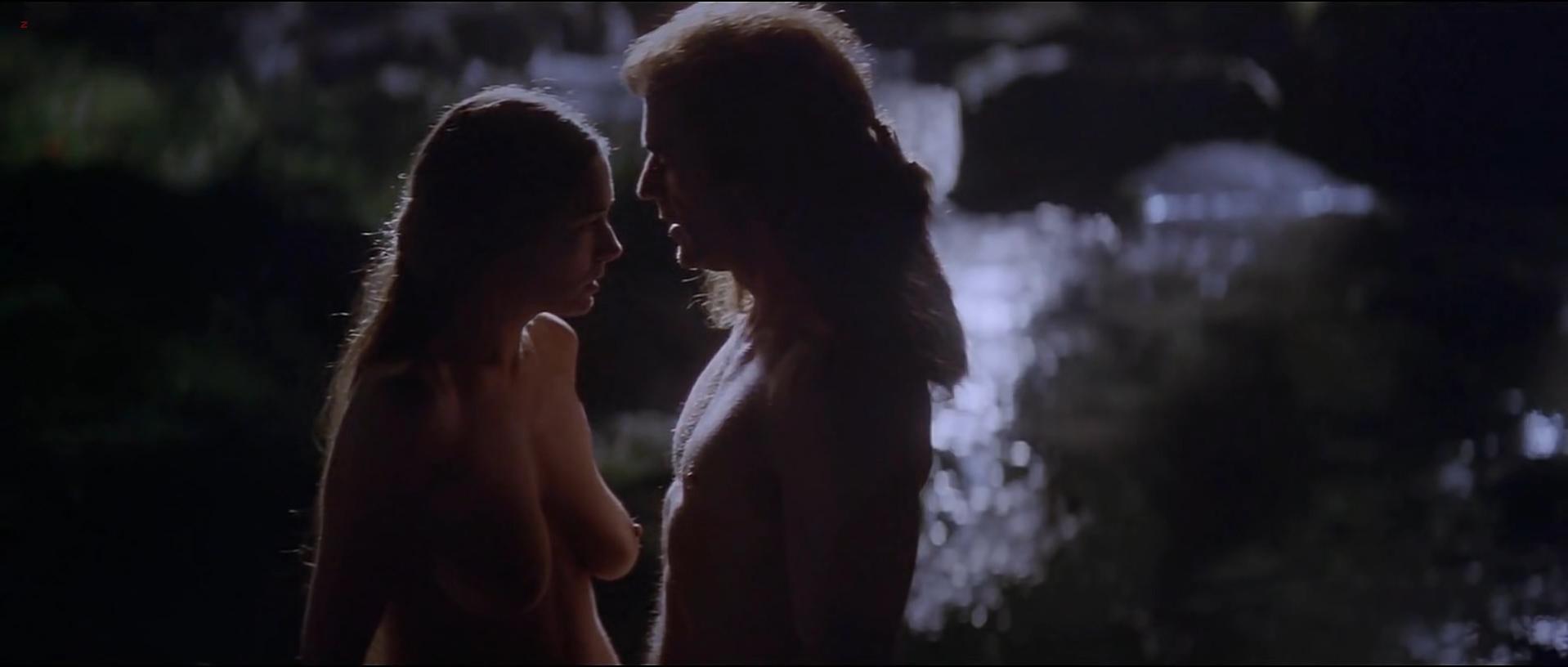 Catherine Mccormack Tits 23