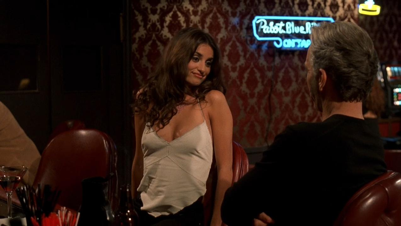 Charlize Theron sexy, Penelope Cruz sexy, Natasha Richardso sexy - Waking Up in Reno (2002)