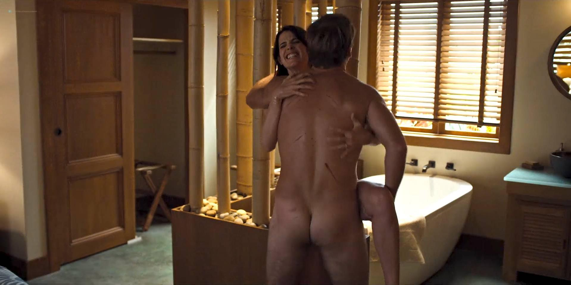 Cobie Smulders sexy - Friends from College s01e07 (2017)