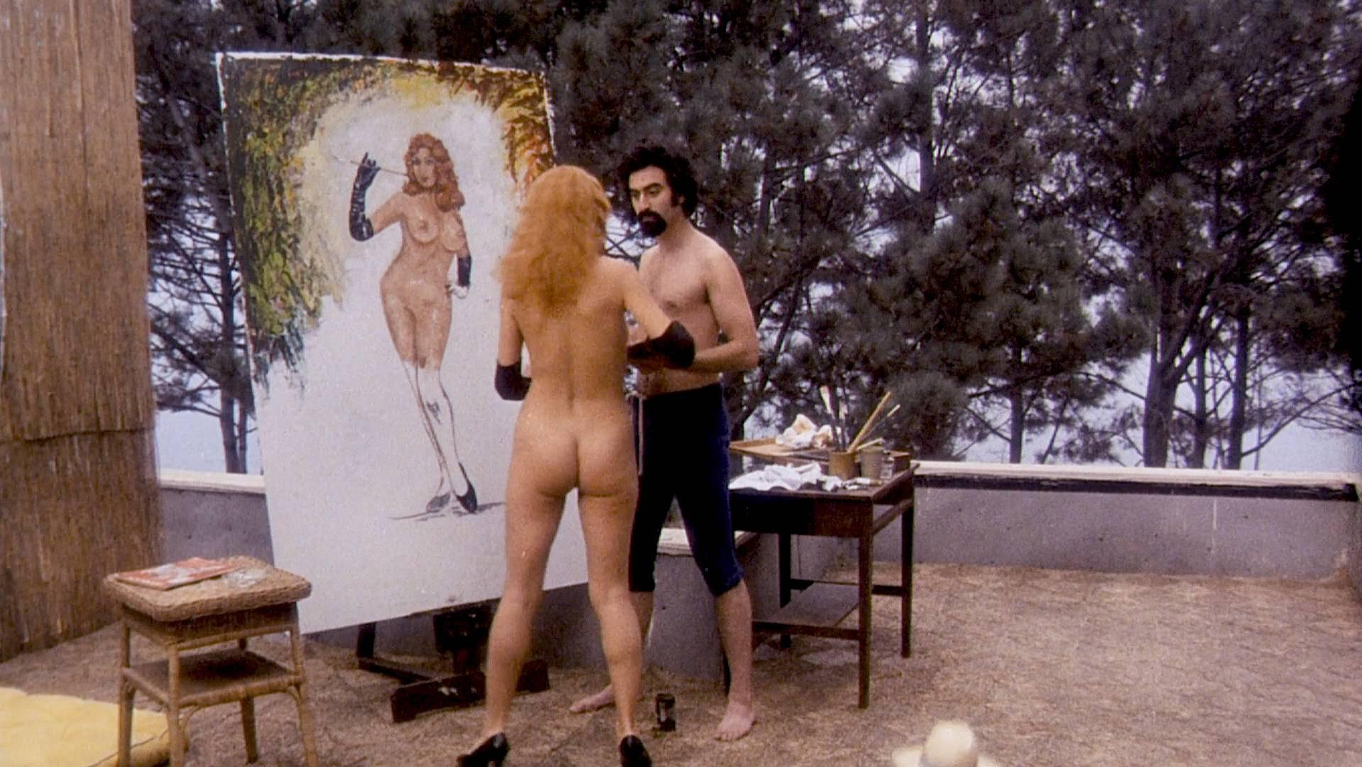 Angelique Pettyjohn nude, Liza Minnelli nude - Tell Me That You Love Me Junie Moon (1970)