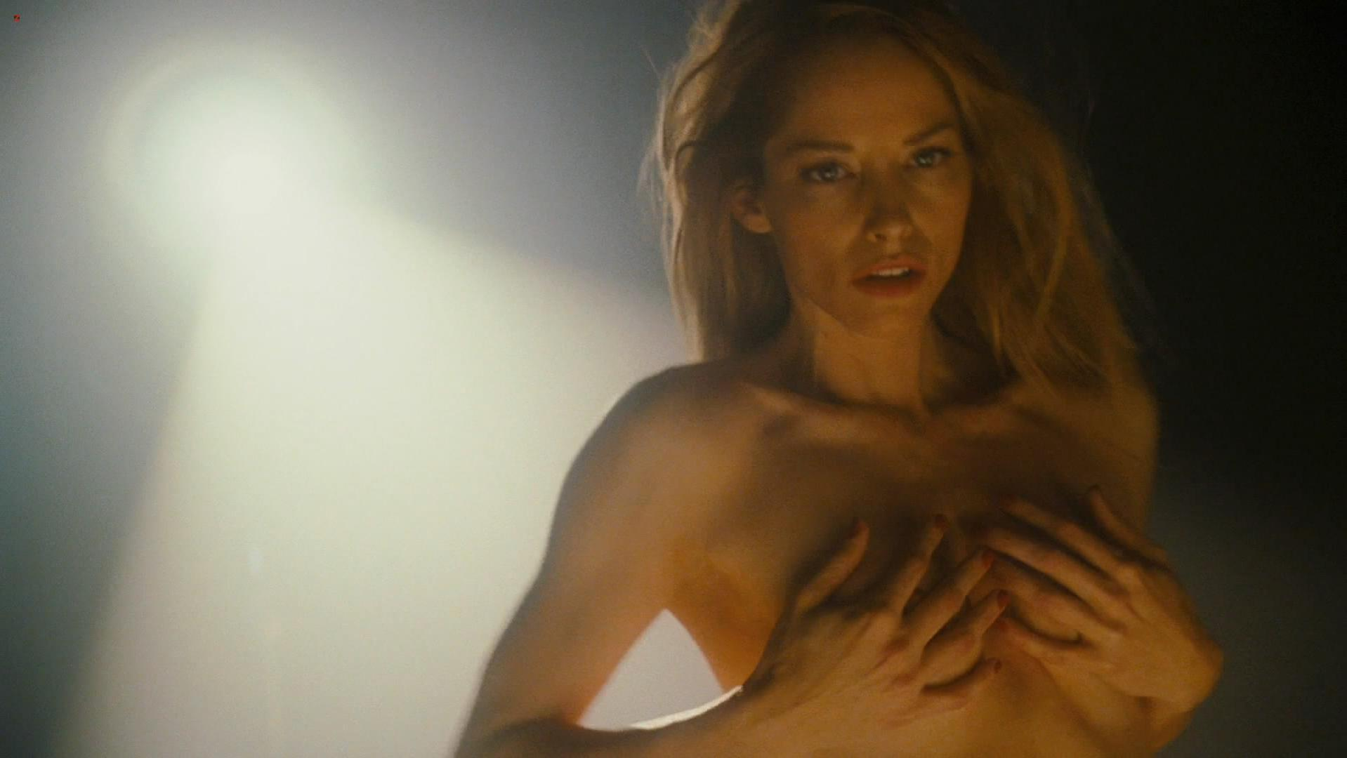 Sienna guillory sexy