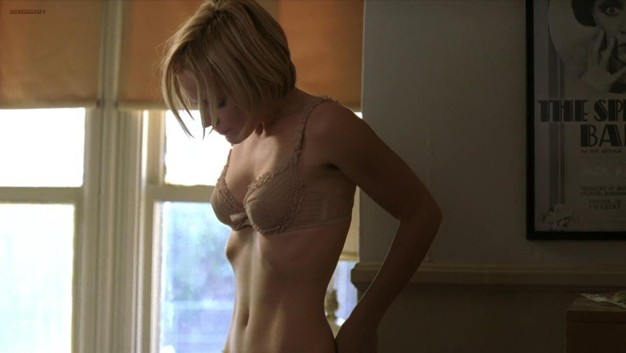 Emma Caulfield sexy - TiMER (2009)