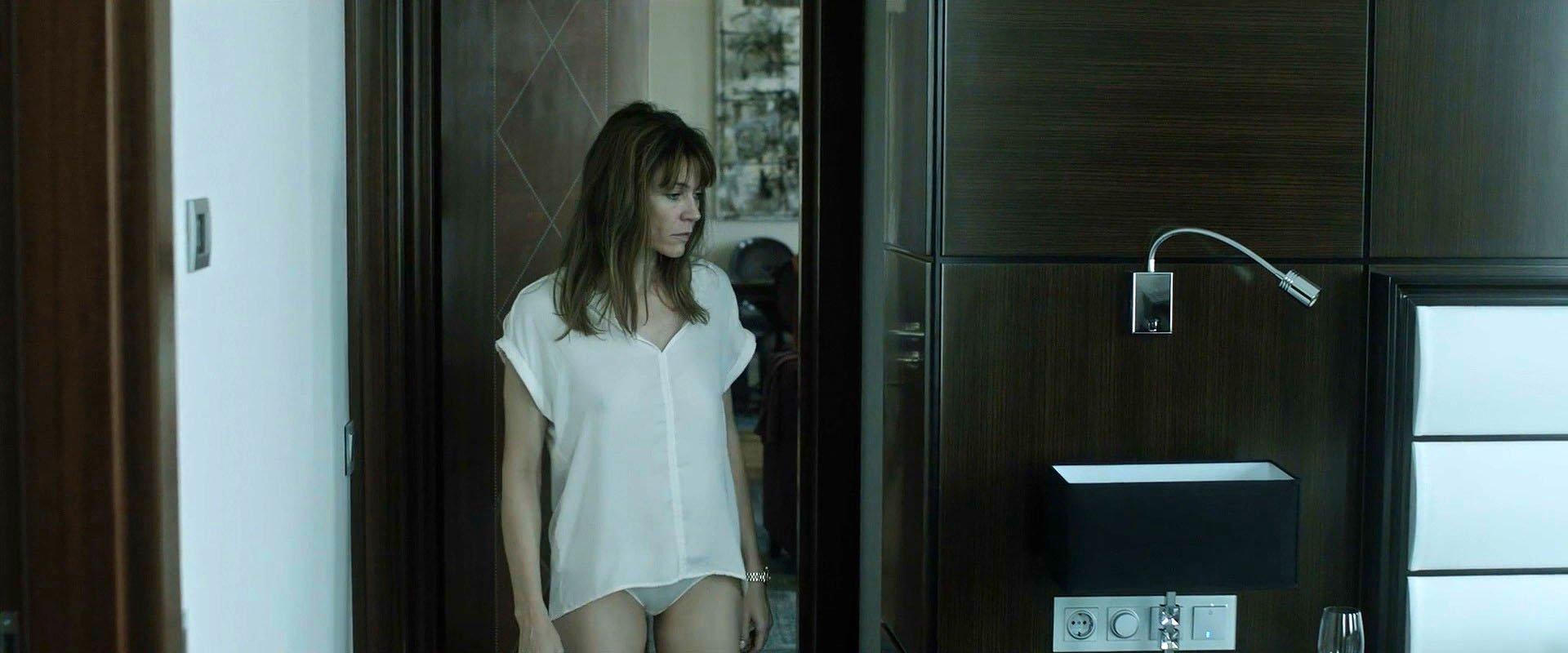 Marie-Josee Croze nude - 2 Nights Till Morning (2015)