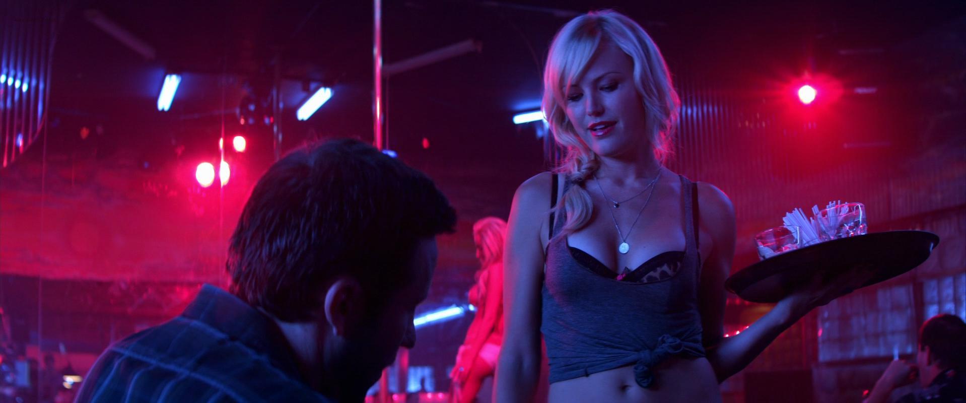Malin Akerman sexy, Nikita Kahn sexy - Catch .44 (2011)