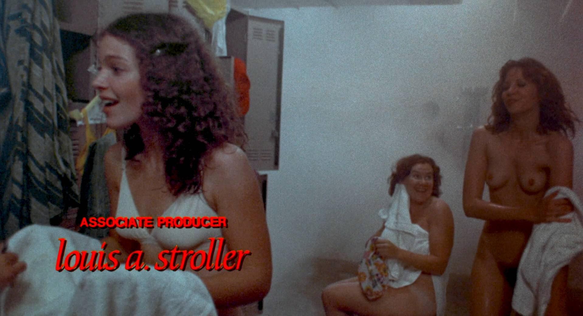 Sissy Spacek nude, Nancy Allen nude, Amy Irving nude, Cindy Daly nude - Carrie (1976)