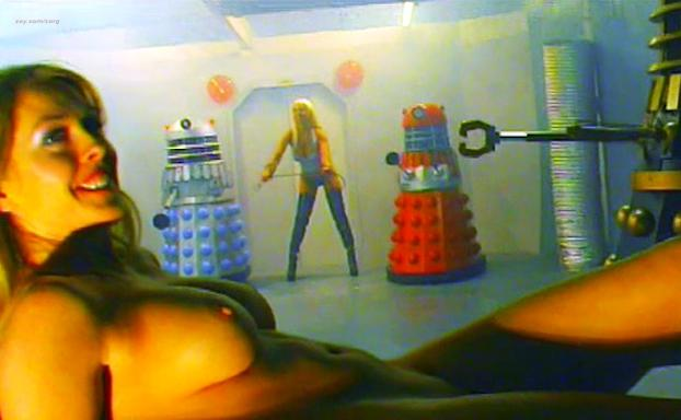 Sonja Karina nude, Eliza Borecka nude - Abducted by the Daleks (2005)