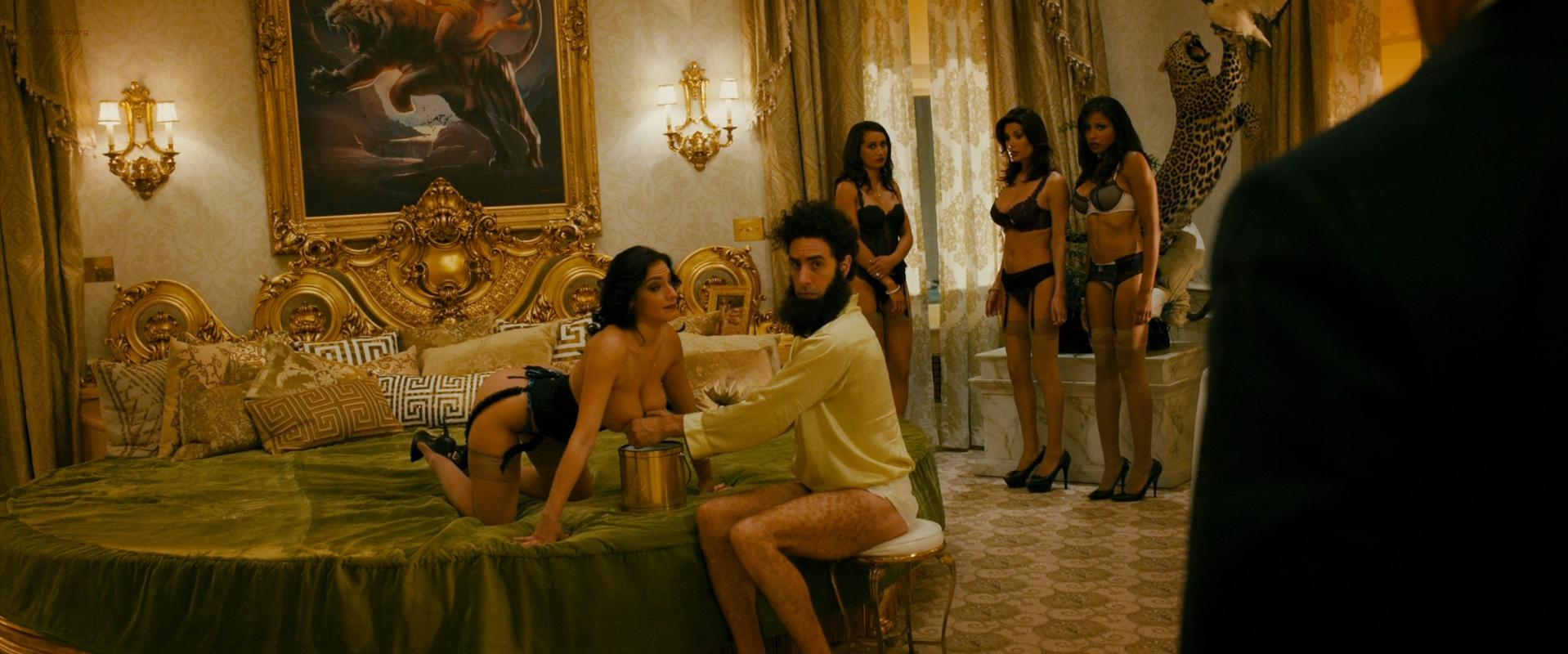 Megan Fox sexy, Anna Faris sexy, Dawn Jackson nude, Dominique DiCaprio nude - The Dictator (2012)