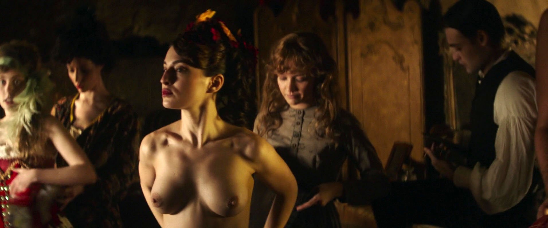 Emily piggford nude sex scene in hemlock grove series 4