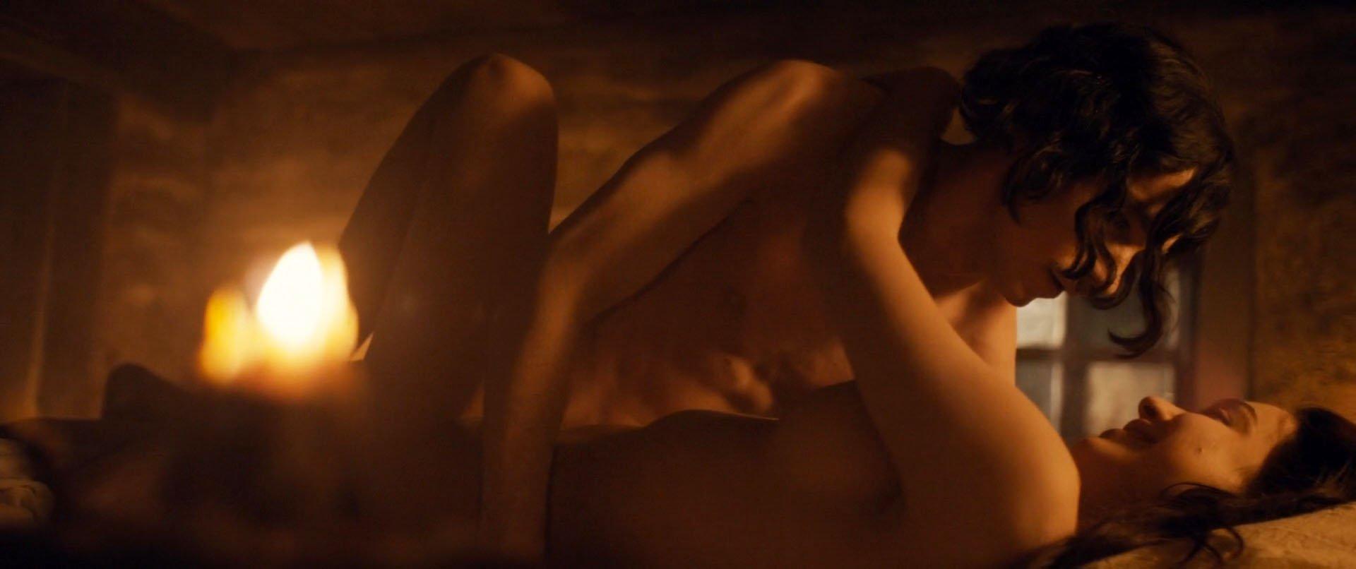 Taisiya Vilkova nude, Julia Franz nude - Gogol. Nachalo (2017)