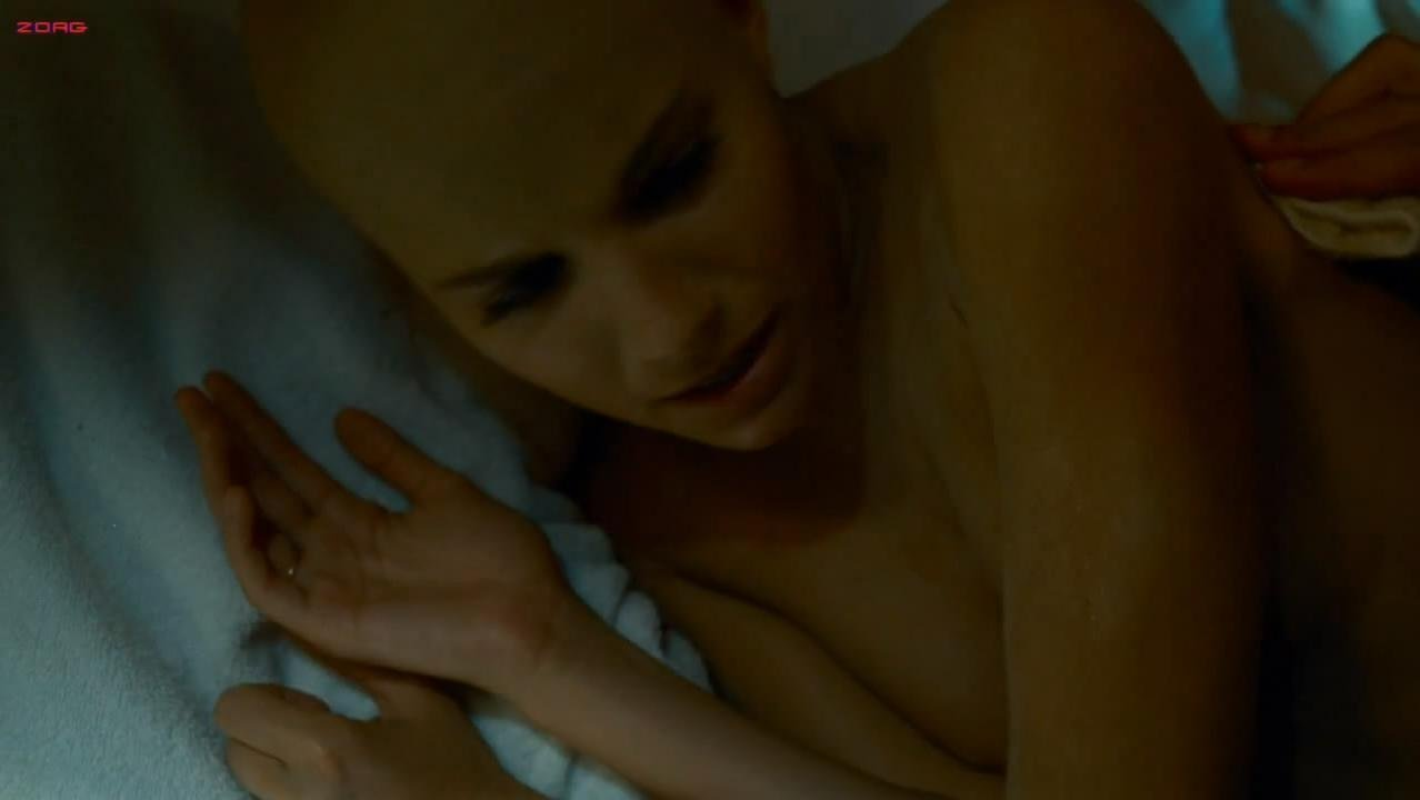 Sienna Miller sexy - Camille (2007)