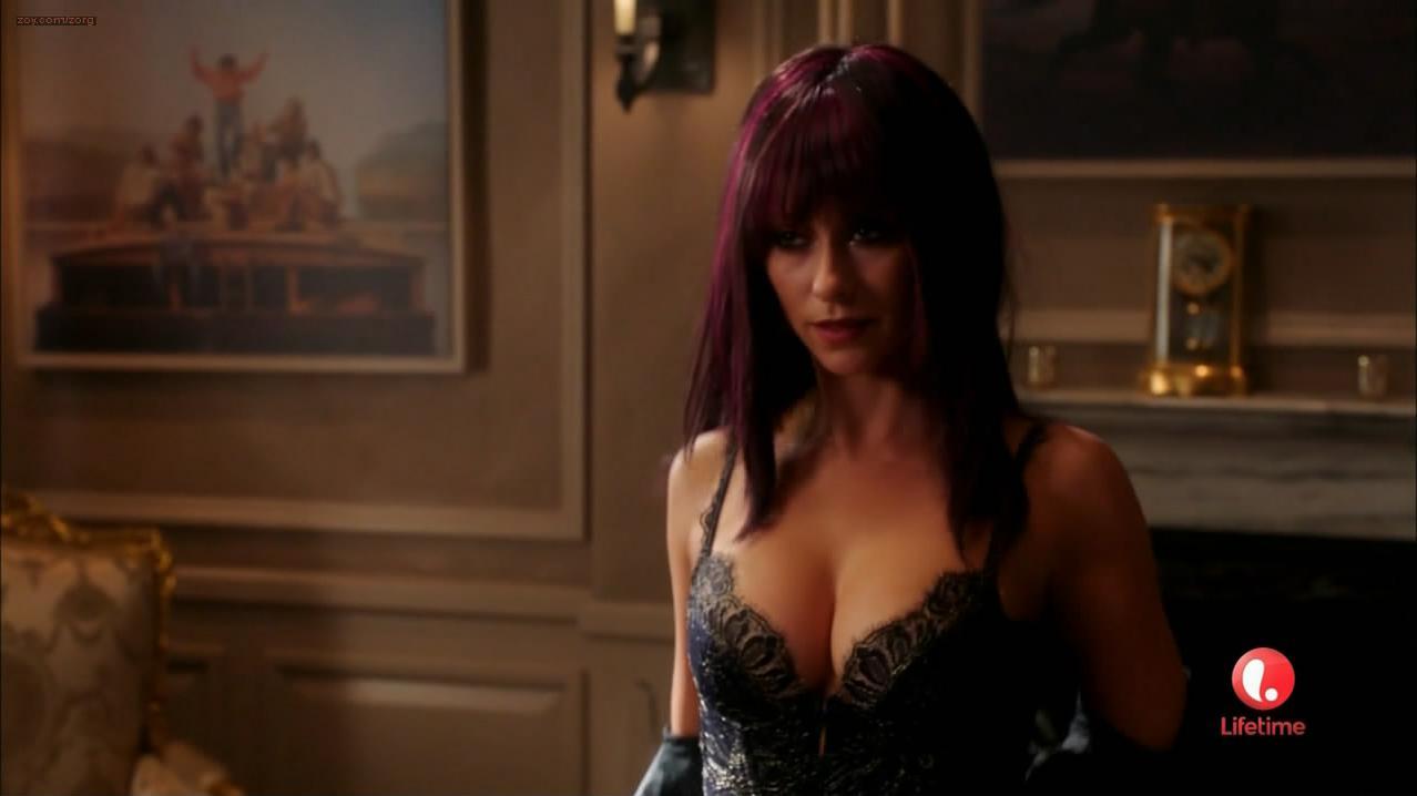 Jennifer Love Hewitt sexy - Client List s02e07 (2013)