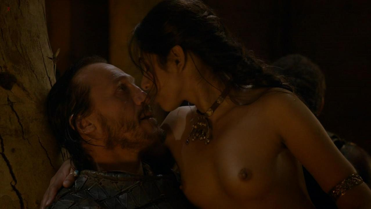 Sahara Knite nude - Game of Thrones s02e09 (2012)