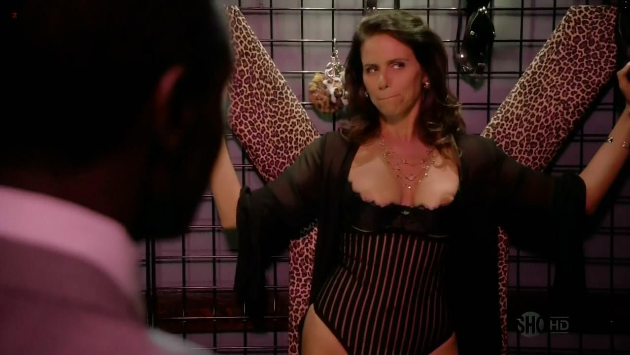 Amy Landecker nude - House of Lies s01e03 (2012)