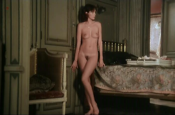 Sylvia Kristel nude - Alice ou la derniere fugue (1977)
