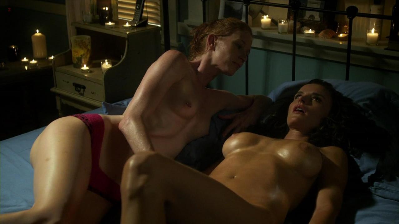 Ana Alexander nude, Jill Evyn nude - Chemistry s01e09 (2011)