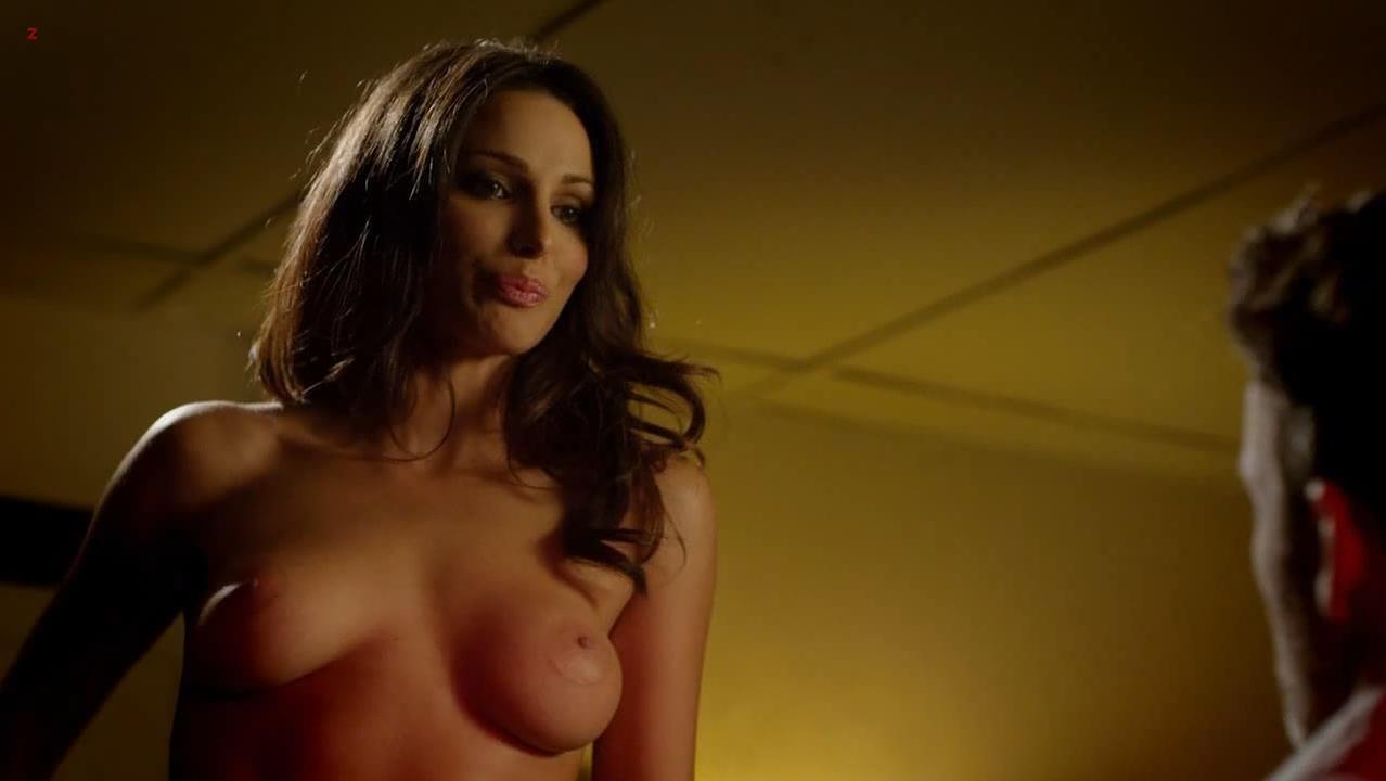 Tina Casciani nude - Femme Fatales s01e05 (2011)