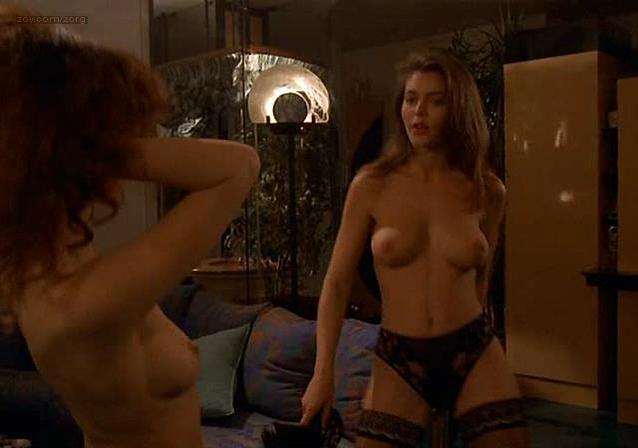 Corinne Clery in Histoire dO, il film erotico chiamato in