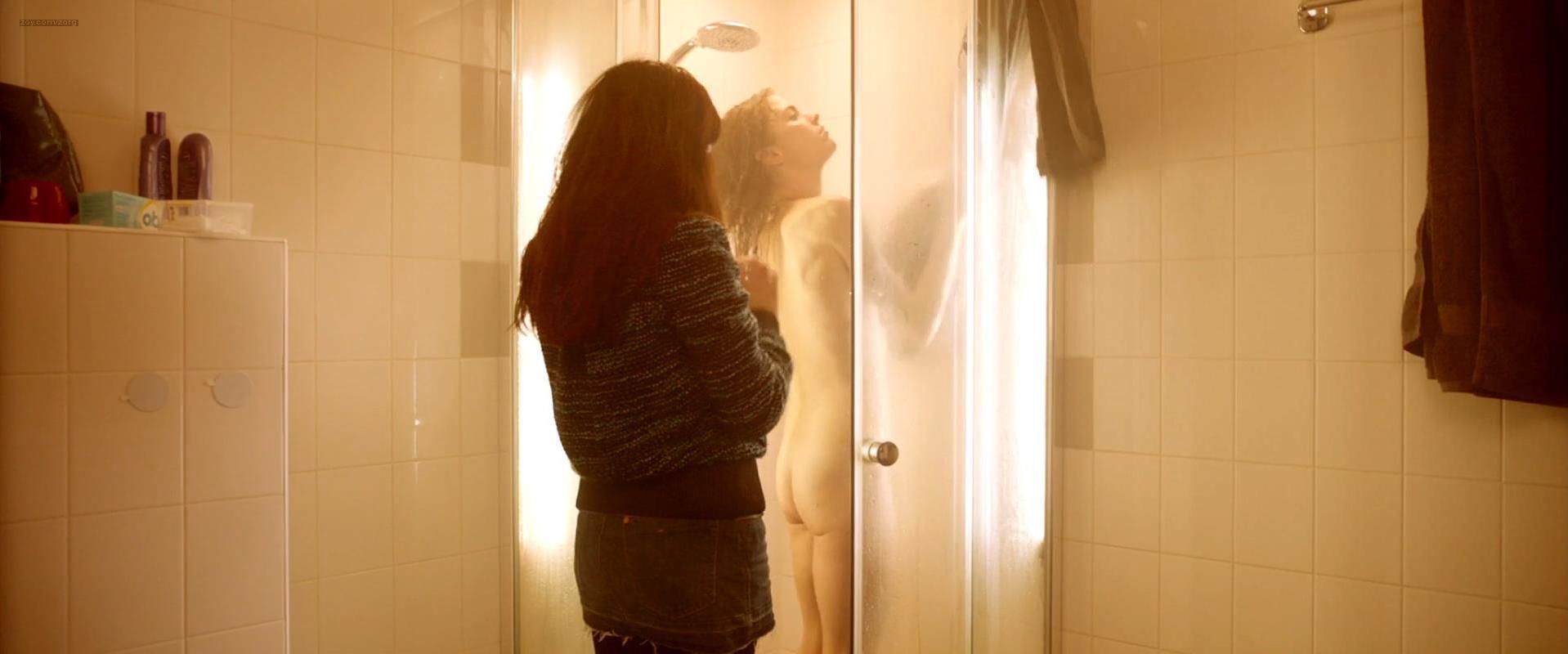 Hannah Hoekstra nude - App (2013)