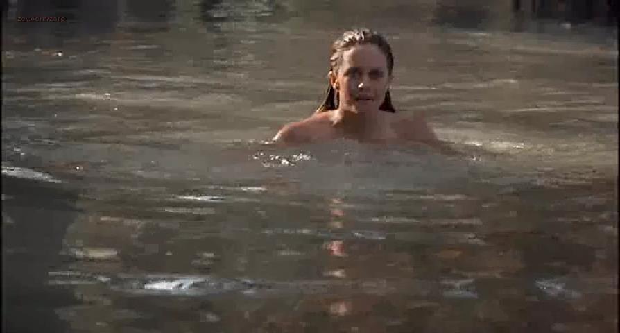 Meg Ryan nude - Flesh and Bone (1993)