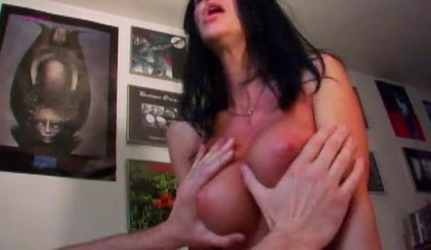 Angelina Leigh nude - Night of the Pumpkin (2010)