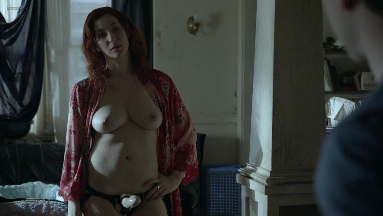 Isidora Goreshter nude - Shameless s04e12 (2014)