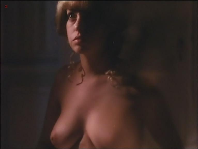 Susan Hemingway nude, Lina Romay nude - Sinfonia erotica (1980)
