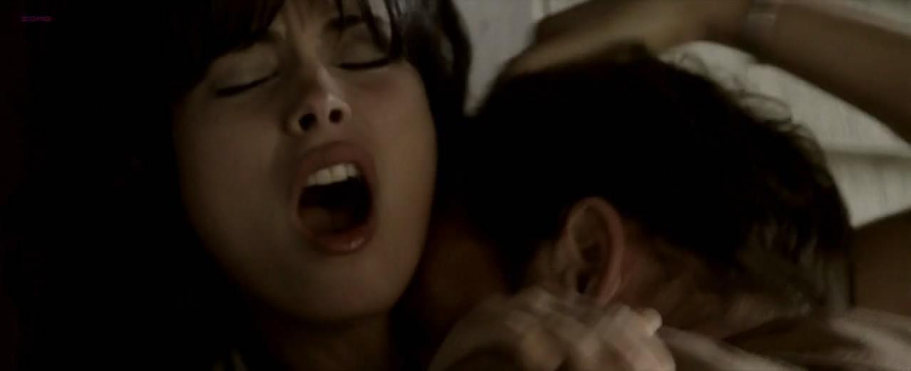 Morena Baccarin sexy - Stolen (2009)