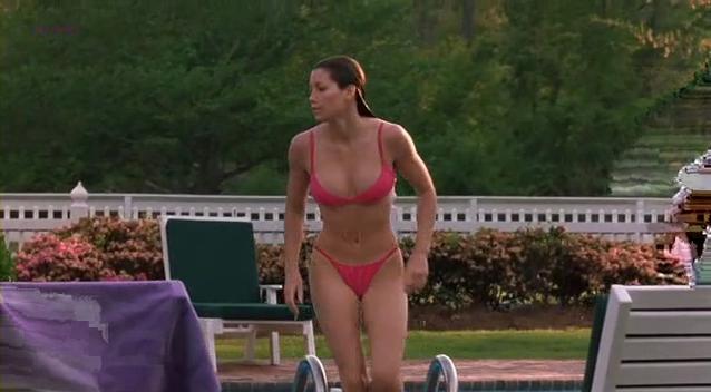 Jessica Biel sexy - Summer Catch (2001)