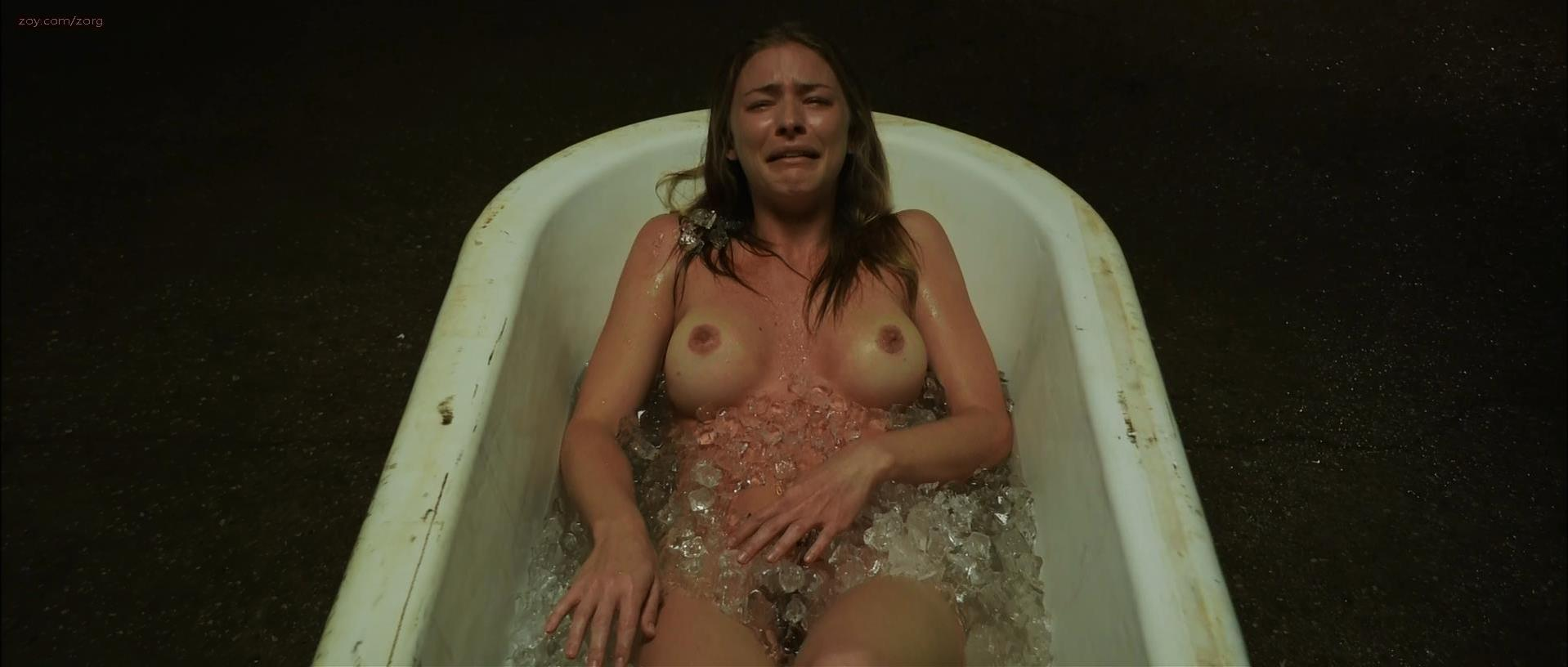 cum poured in pussy