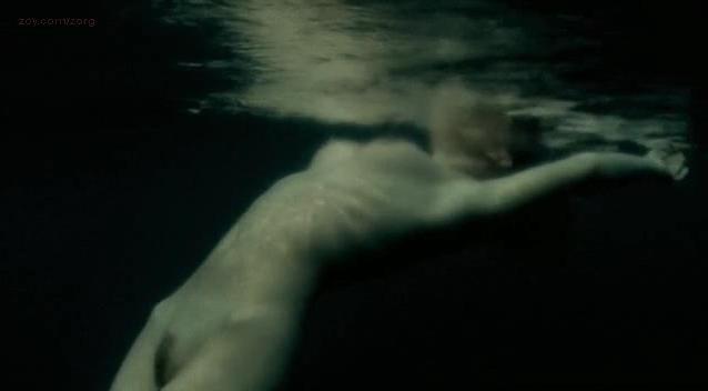 Magda Boczarska nude - Pod powierzchnia (2006)
