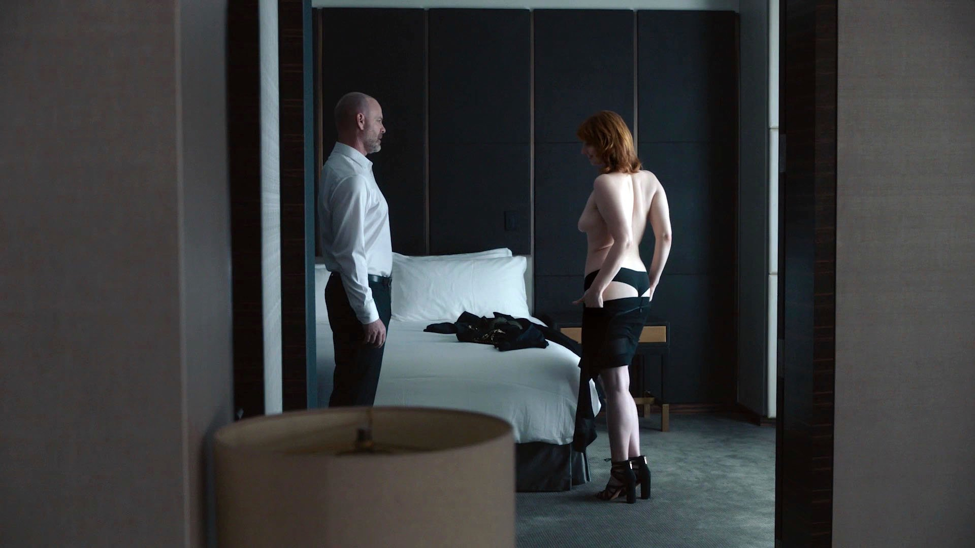 Louisa Krause nude, Gillian Williams nude - The Girlfriend Experience s02e01 (2017)