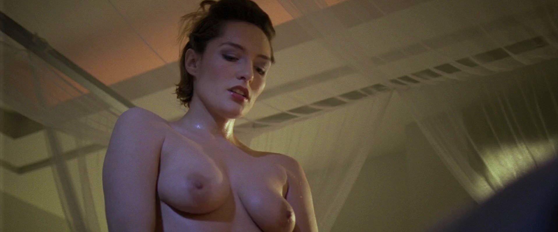 spread movie nude scene