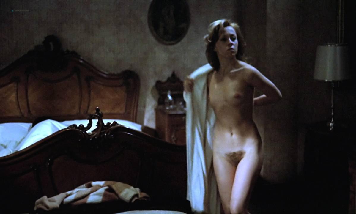 Mariana Karr nude, Sandra Alberti nude - Escalofrío (1978)